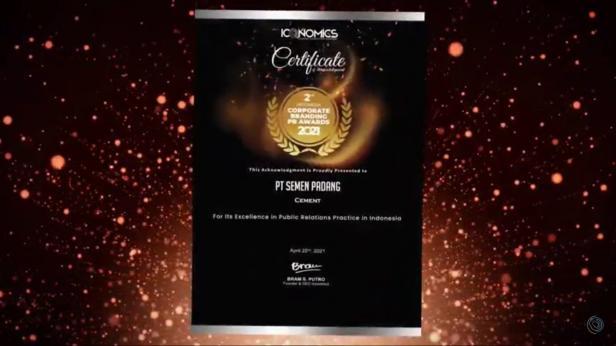 Penghargaan Corporate Branding PR Awards 2021 yang diterima PT Semen Padang dari media Iconomics Kamis (22/4/2021)