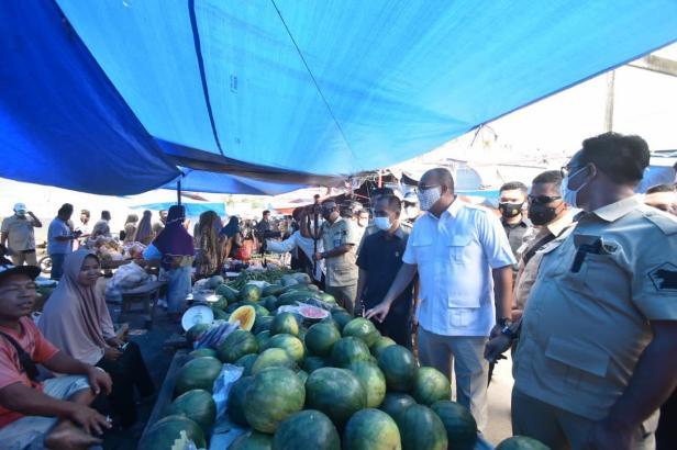 Andre Rosiade datangi Pasar Sungai Rumbai, Kabupaten Dharmasraya.