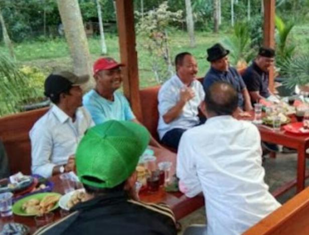 Pertemuan pengurus IKS Perantauan dengan Wabup Tanah Datar di Nagari Sumanik