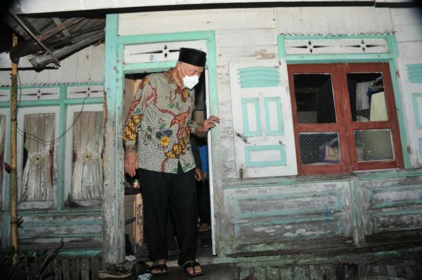 Gurbernur Sumbar Mahyeldi Ansharullah saat singgah sahur di Agam