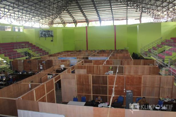 Kondisi Kantor sementara DPRD Pasaman di GOR Tuanku Rao di Lubuk Sikaping