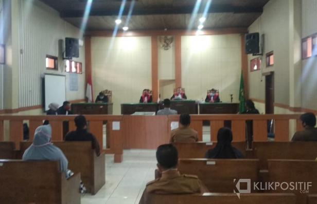 Suasana proses sidang putusan pelanggaran pilkada di Pengadilan Negeri Pasaman Barat