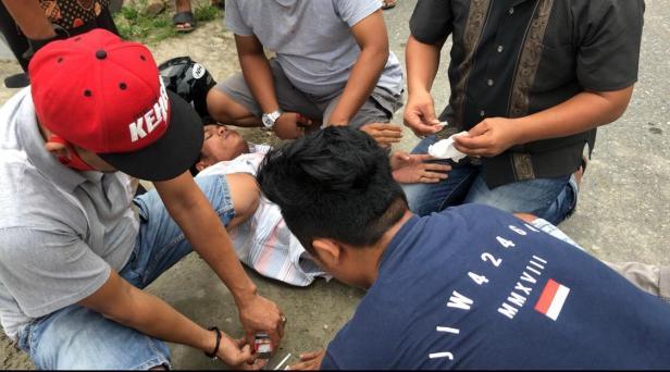 Diduga pengedar sabu, AF (21) saat diamankan Polres Pessel di Jalan Rawang Painan