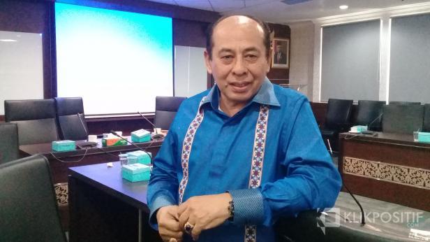 Ketua Fraksi Demokrat Ismet Amziz