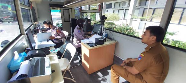Layanan perpanjangan SIM di MPP Payakumbuh.