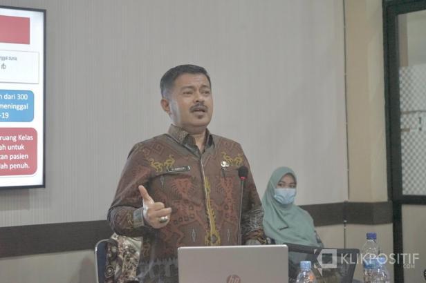 Kepala Dinas Kesehatan Payakumbuh dr. Bakhrizal umumkan 23 kasus terkonfirmasi positif pada Jumat 23 Juli 2021