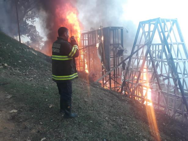 Padang landmark saat terbakar pada November 2019 lalu