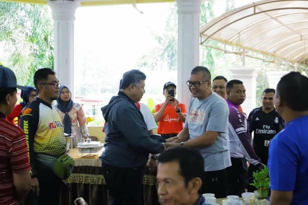 Wako Solok Zul Elfian menyambut rombongan Wali Kota Payakumbuh di Balairung 99