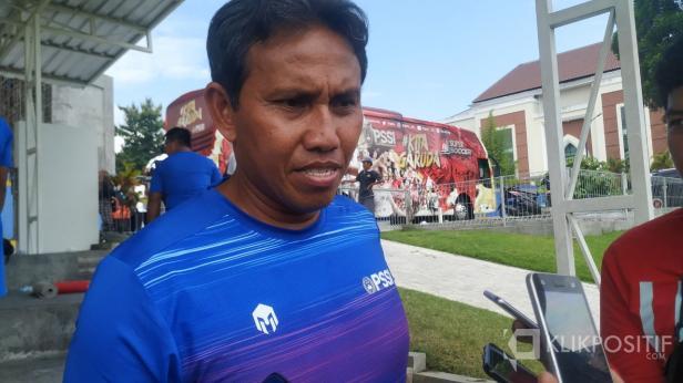 Pelatih Kepala Timnas Indonesia U-16 Bima Sakti