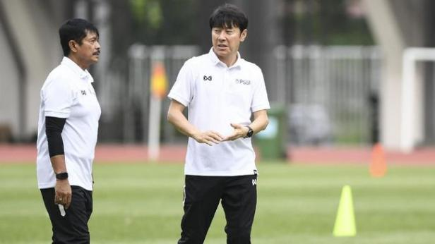 Pelatih Timnas Sin Tae yong