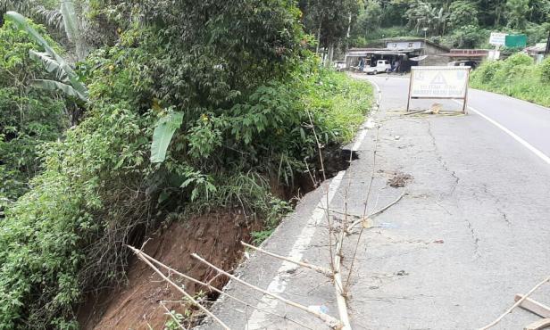 Salah satu ruas jalan yang akan diperbaiki di Tanah Datar