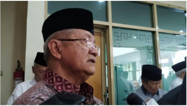 Sekjen MUI Pusat Anwar Abbas saat ke kantor PP Muhammadiyah untuk melayat almarhum Yunahar Ilyas, Jumat (3/1/2020)
