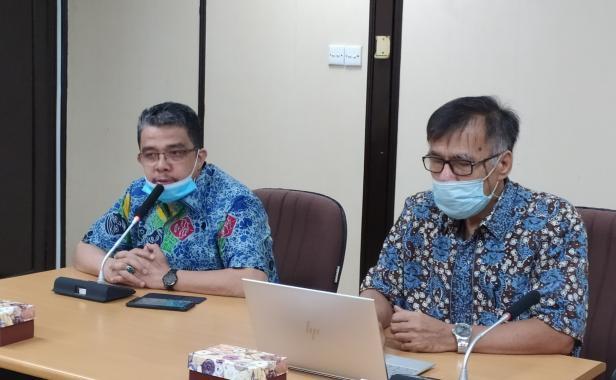 Rektor Unand Prof. Yuliandri dan WR 1 Mansyurddin