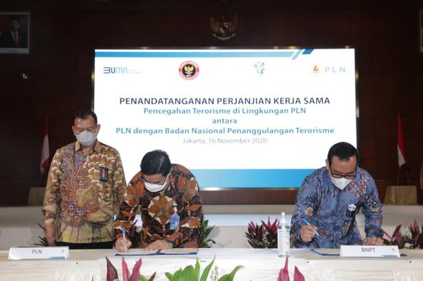 Penandatanganan kerjasama antara PLN dan BNPT