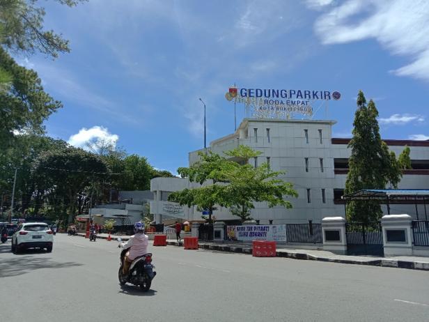 Gedung Parkir