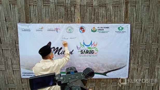 Wagub Nasrul Abit Saat Berkunjung ke Sarugo