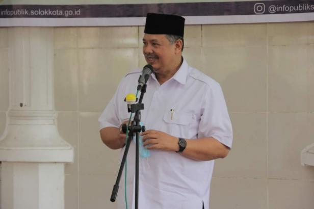 Wako Solok, H. Zul Elfian saat bersilaturahmi dengan wartawan di Balairung 99