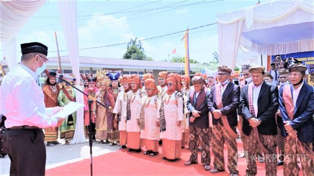 Wali Kota Riza Falepi Kukuhkan Pengurus KAN Koto Nan Ompek