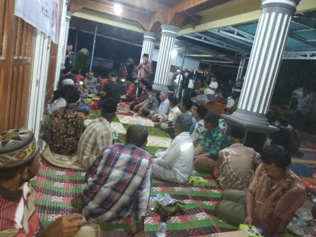 Dukungan untuk pasangan Sutan Riska - Labuan mengalir dari masyarakat dari Jorong Sakato 2 Nagari Taratak Tinggi