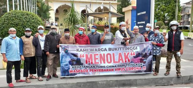 Salah satu kabupaten/kota yang melakukan penolakan kedatangan asal China ke Sumbar