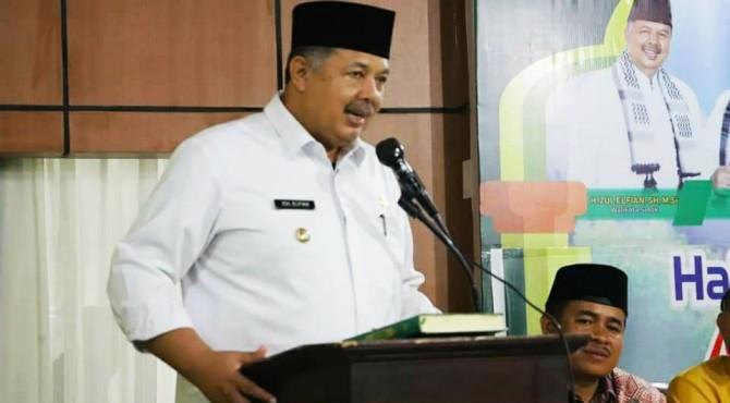Dihadapan CJH, Wako Solok H. Zul Elfian pesankan pentingnya mempersiapkan diri jelang menjalani ibadah Haji.