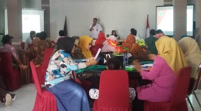 Penyuluhan dan edukasi yang dilaksanakan BNNK Payakumbuh terhadap Ketua RT se-Kecamatan Payakumbuh Selatan, Kamis (11/4).