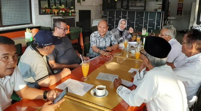 Pertemuan sejumlah tokoh Luak Limopuluah dengan Wali Kota Payakumbuh, Riza Falepi.