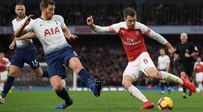 Laga sengit Tottenham dan Arsenal berakhir imbang