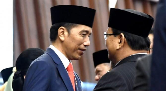 Presiden Jokowi bersama Prabowo Subianto