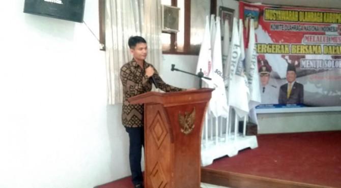 Rengga Husada memberikan Pidato pertamanya sesaat setelah ditetapkan sebagai Ketua KONI Solok Selatan