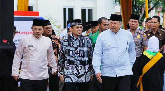 Wako�Solok Zul Elfian dan Wawako Reinier menyambut kedatangan Ustaz Wijayanto di Balaikota Solok