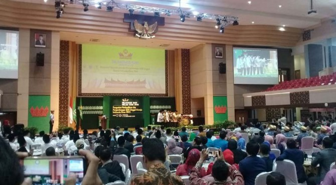 Wakil Presiden Ma'ruf Amin membuka acara Silaturahmi Kerja Nasional dan Milad Ikatan Cendikiawan Muslim Indonesia (ICMI) ke 29 di auditorium Universitas Negeri Padang (UNP)