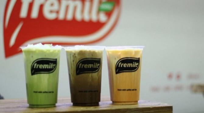 Fremlit Thai Tea hadir di Jalan Samudra, Ruko Cimpago, Padang Barat, Kota Padang.