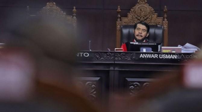 Ketua Majelis Hakim Mahkamah Konstitusi, Anwar Usman