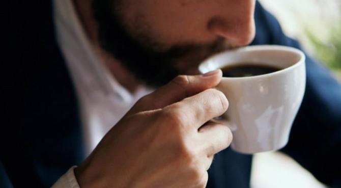Hasil gambar untuk minum kopi