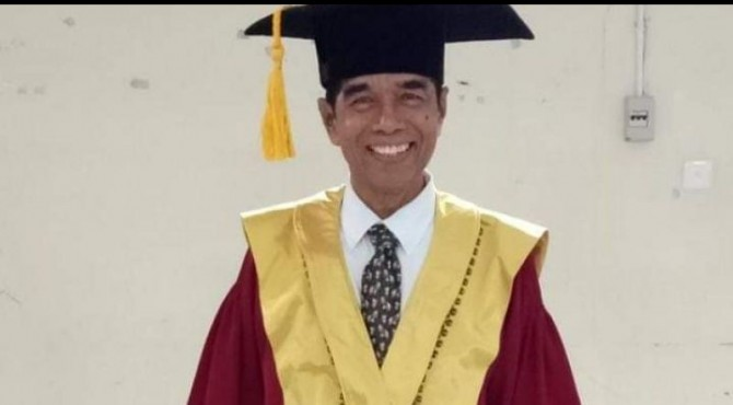 Guru Besar Hukum Keluarga Fakultas Syariah UIN Imam Bonjol, Asasriwarni