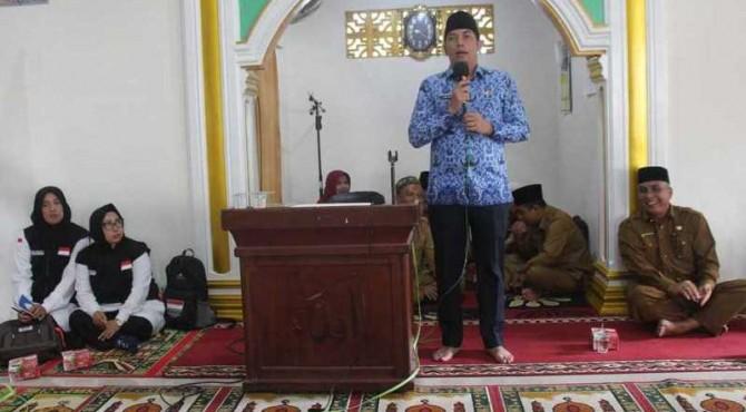 Wali Kota Sawahlunto Deri Asta Saat Membuka Manasik Haji Tingkat Kota Sawahlunto
