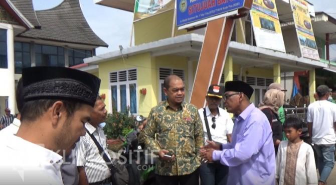 Nurkhalis Dt Bijo Dirajo bersama Wali Nagari Situjuah Batua Dhon Vesky Dt Tan Marajo.