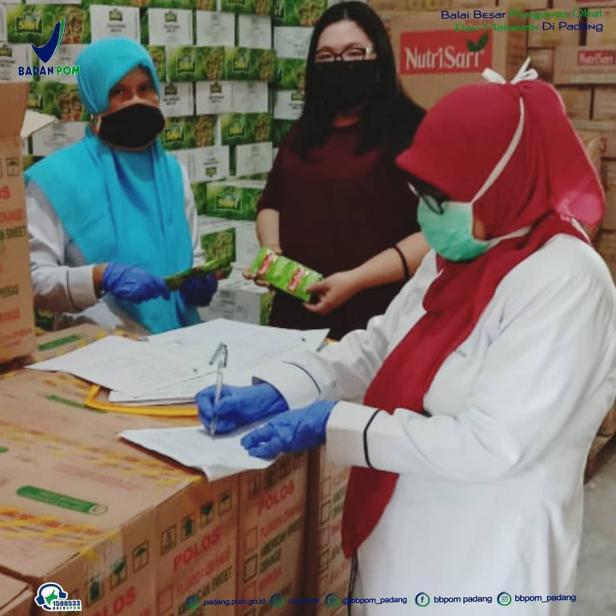 Pemeriksaan keamanan makanan oleh BBPOM di Padang