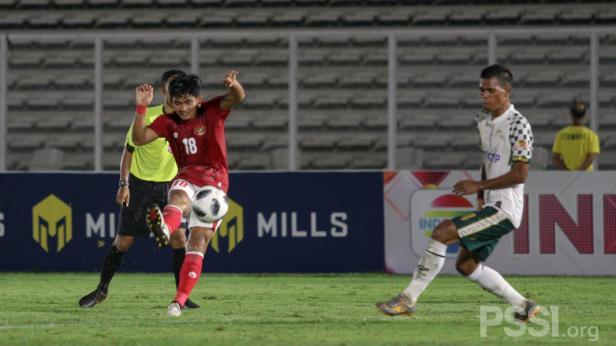 Timnas Indonesia vs Tira Persikabo