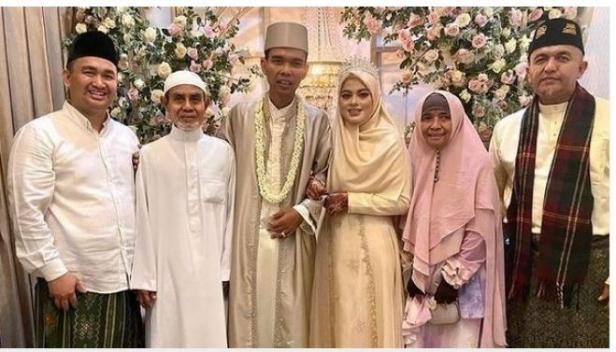 Ustaz Abdul Somad menikah dengan Fatimah Az Zahra
