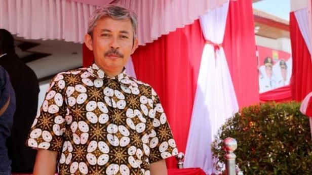 Dr. Suryadi, MA.