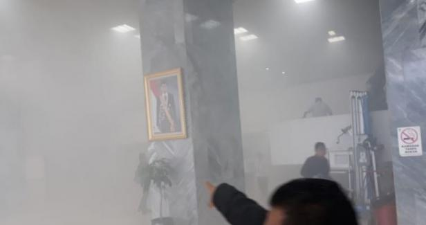 Kebakaran di Gedung DPR