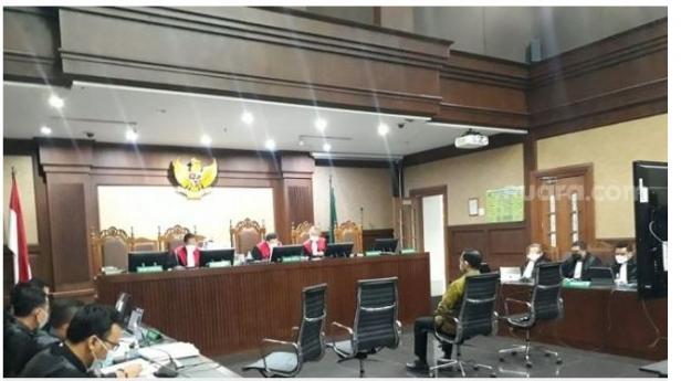 eks Menteri Sosial Juliari P. Batubara di Pengadilan Tindak Pidana Korupsi (Tipikor), Jakarta Pusat, Rabu (21/4/2021).