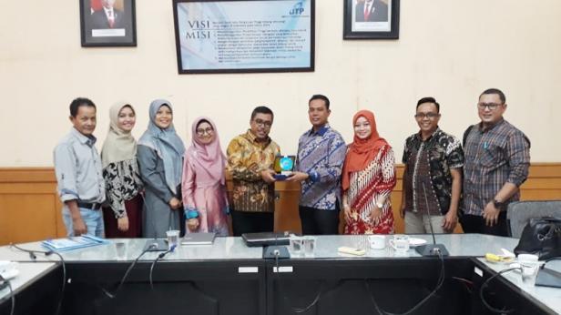 Rektor ITP usai menerima kedatangan Pemkab Mentawai guna lakukan pembahasan mengenai teknologi tepat guna, Jumat, 06 Februari 2020