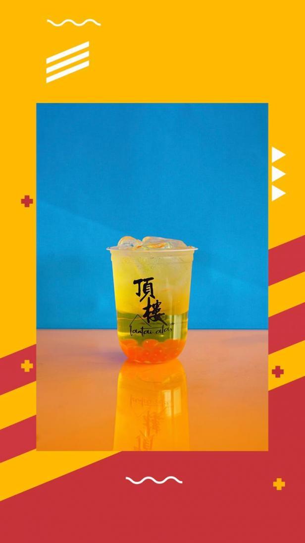 Menikmati  minuman jadul, Limun di Lantai Atas Cafe Kota Padang