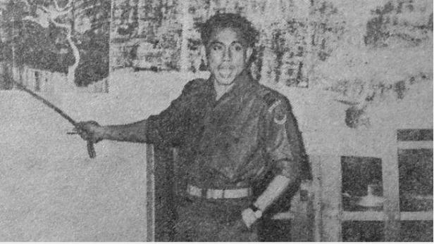Ahmad Yani yang masih berpangkat kolonel saat briefing 12 April 1958