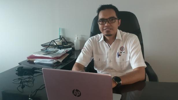 Sekretaris Yayasan Semen Padang Eko Bagus Priyuantoro