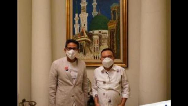 Ketua Harian DPP Gerindra Sufmi Dasco Ahmad (kanan) bersama Wakil Ketua Dewan Pembina Sandiaga Salahuddin Uno (kiri)