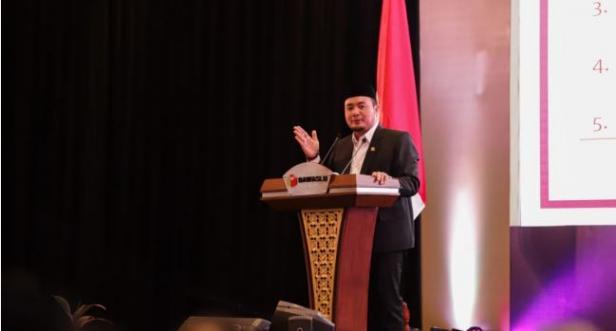 Anggota Bawaslu M Afifuddin saat memberikan sambutan dalam peluncuran IKP Pilkada 2020 di Jakarta, Selasa 25 Februari 2020